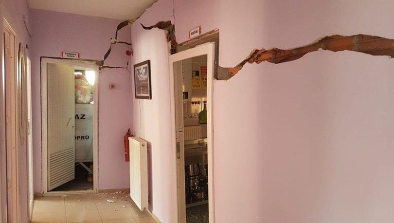 Duvarlarında çatlaklar oluşan okul boşaltıldı