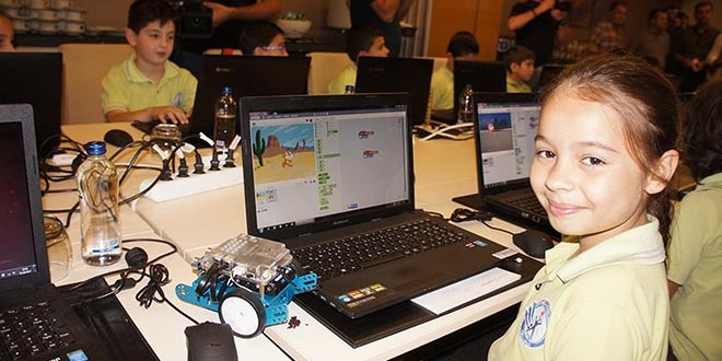 Ege'de 2 bin çocuğa kodlama eğitimi verilecek