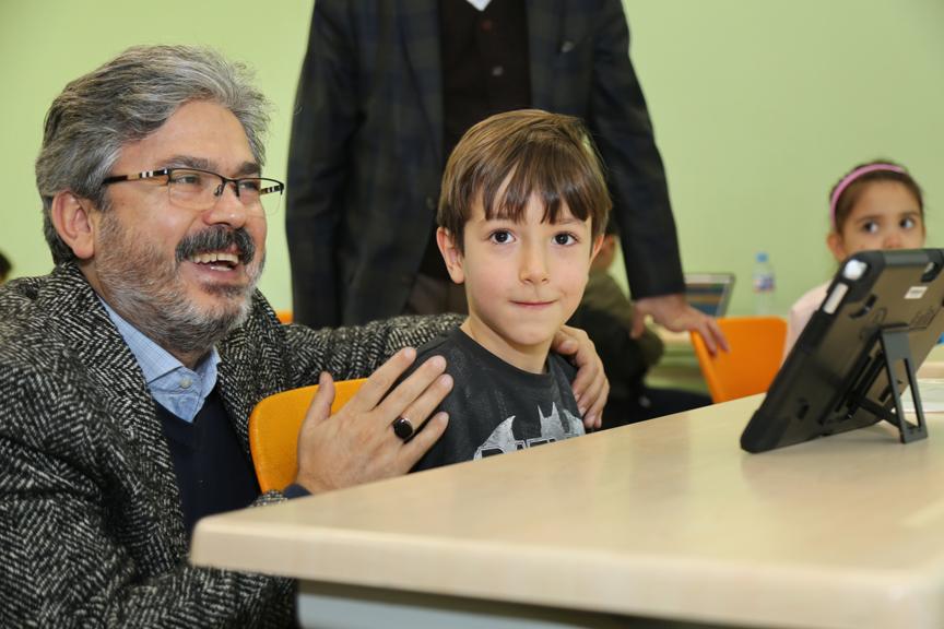 İstanbul Millî Eğitim Müdürü'nden, BİLSEM'e ziyaret