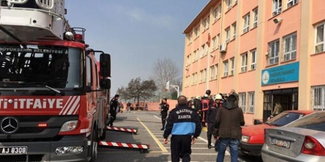 İstanbul'da okul yangını