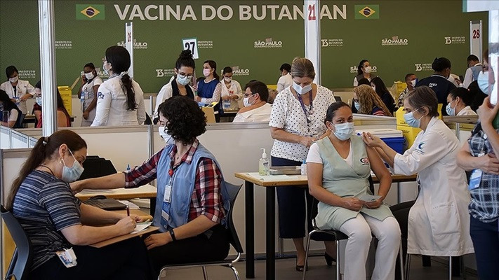Dünya genelinde 4 milyar 700 milyon dozdan fazla Kovid-19 aşısı yapıldı