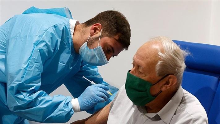 Dünya genelinde yaklaşık 2 milyar 420 milyon doz Kovid-19 aşısı yapıldı