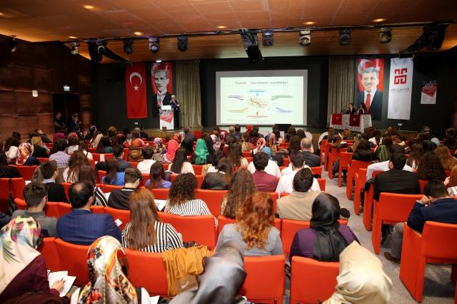 31 Şehirden 79 Üniversiteden 500 Kişi Bu Kongrede