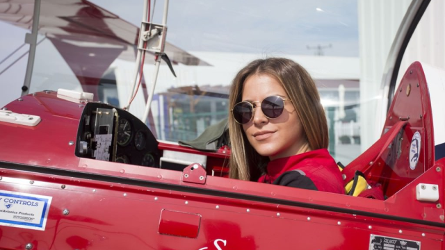Türkiye'nin ilk sivil kadın helikopter pilotu Semin Öztürk