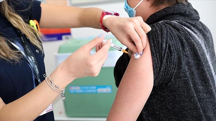 Kovid-19 aşısı yaptıranlara ayrıca grip aşısı önerisi