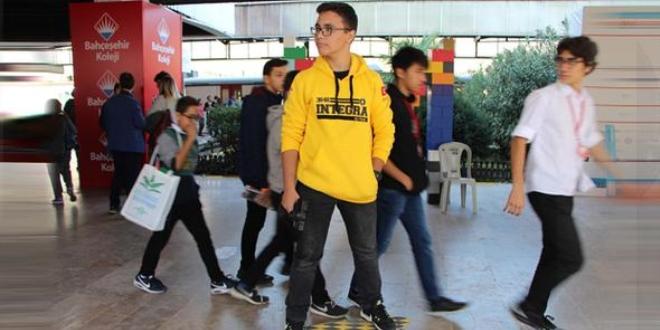 Lise öğrencisi 9 bin liraya üretilen kaykayı 400 liraya mal etti!