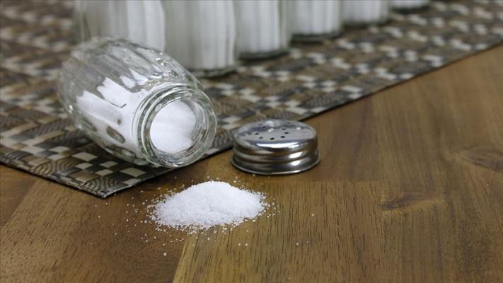 Hedef kişi başına tuz tüketimini 5 gramın altına düşürmek