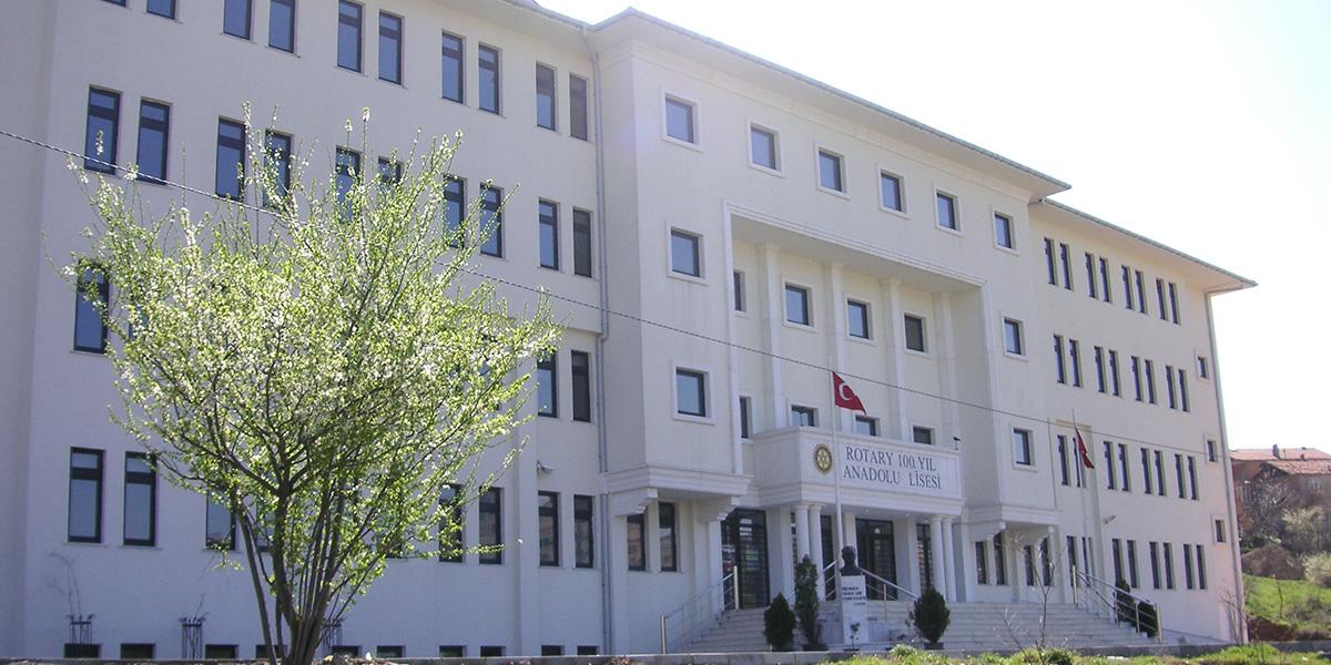 Rotary 100.Yıl Anadolu Lisesi Nitelikli okul olmaması..