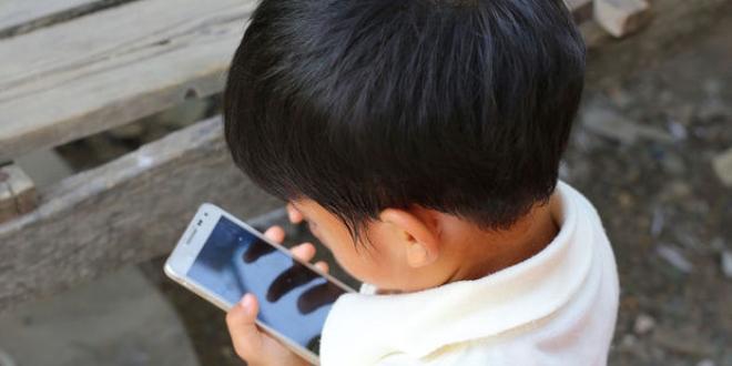 Çocuk telefonuna güvenli internet!