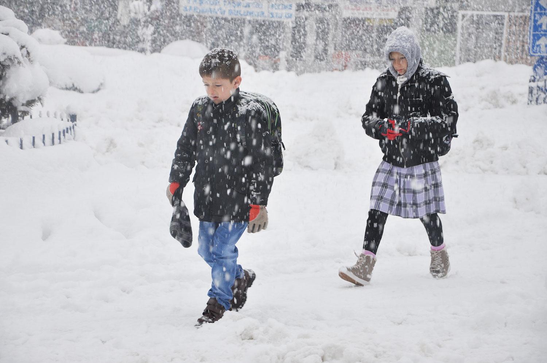 Bugün hangi illerde kar tatili var?