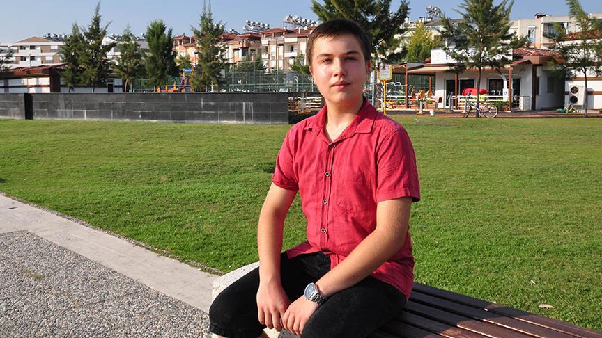Rus uyruklu öğrencinin yeni hedefi üniversite sınavında derece yapmak