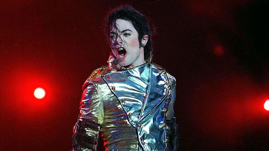 'Telifte en fazla kazandıran ünlü Michael Jackson'