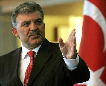 İnternet yasası Abdullah Gül'e ulaştı. Gözler Köşk'te!