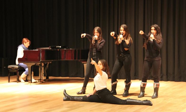 Geleceğin Müzikal Sanatçıları Show Choir Kulübü'nde Yetişiyor