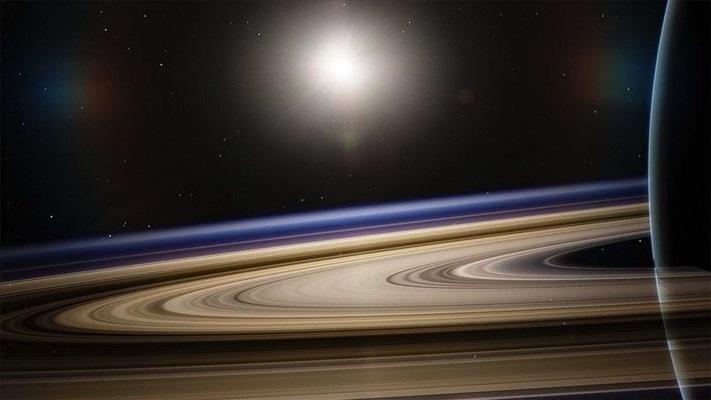 Titan Satürn'den sanılandan 100 kat daha hızla uzaklaşıyor