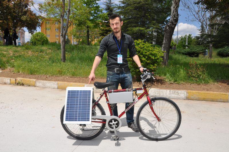 Güneş Enerjisiyle Çalışıp 40 Kilometre Yol Alabilen Bisiklet