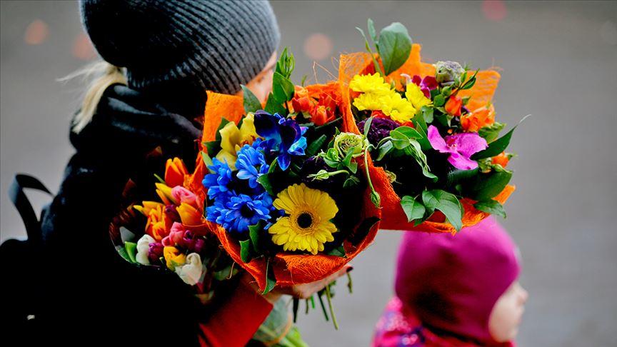 Anneler Günü için 39 ülkeye 45 milyon dal çiçek satıldı