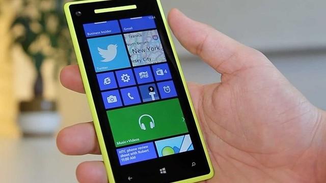 Microsoft'tan Özçekim telefonu mu geliyor?