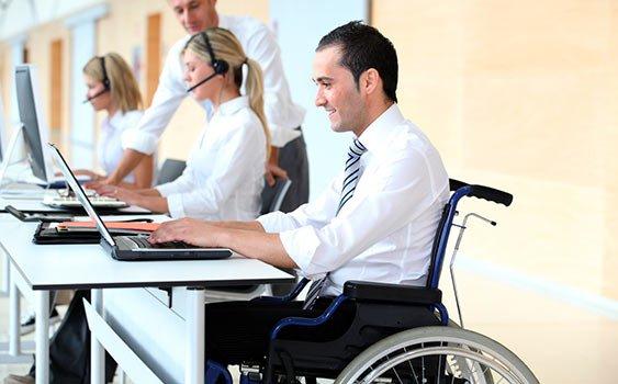 Engellileri en çok teknoloji şirketleri istihdam ediyor