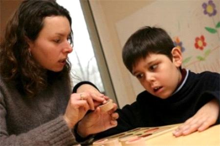 Doğu'da Otistik Çocuklar Eğitim Bekliyor