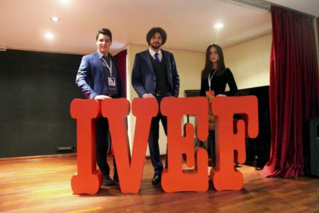 Gençler Türkiye'nin sorunlarını masaya yatırdı