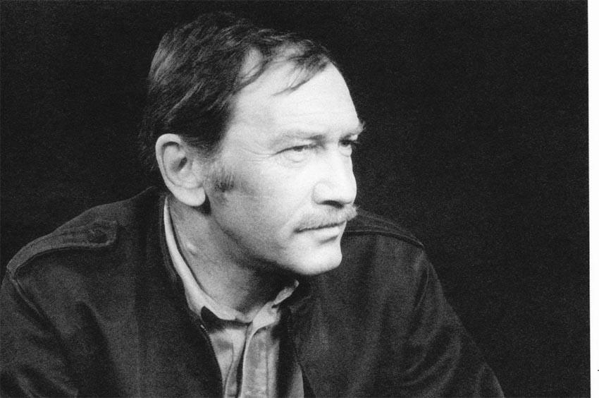 """İkinci Yeni şiir akımının """"üç atlısı""""ndan biri: Turgut Uyar"""