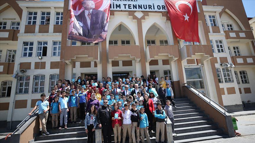 'AB Bilim Karavanı' Kayseri'de