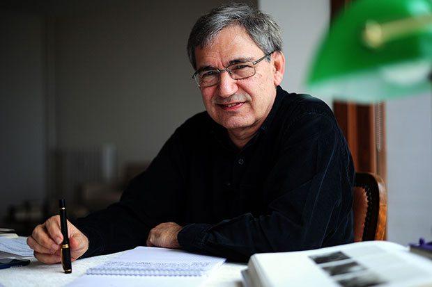 Erdal Öz Edebiyat Ödülü Orhan Pamuk'un