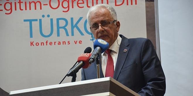 'Bugünkü biçimiyle Türkçe bile bulamayacağız'
