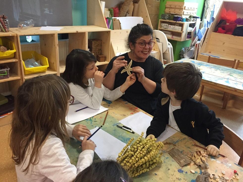 """""""Çocukların özgür ve yaratıcı bakış açıları benim eserlerim için de bir ilham kaynağı…"""""""