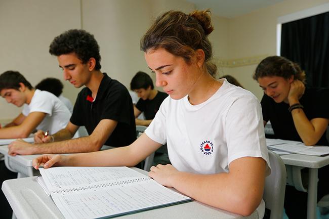 SAT Sınavı Dünyanın En Saygın Üniversitelerinin Kapılarını Aralıyor, İlk Sınav 3 Ekim'de
