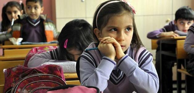 Kız çocuklarının okullaşma oranı yüzde 83'e ulaştı