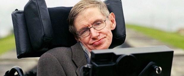 Stephen Hawking yeni teorisini açıkladı
