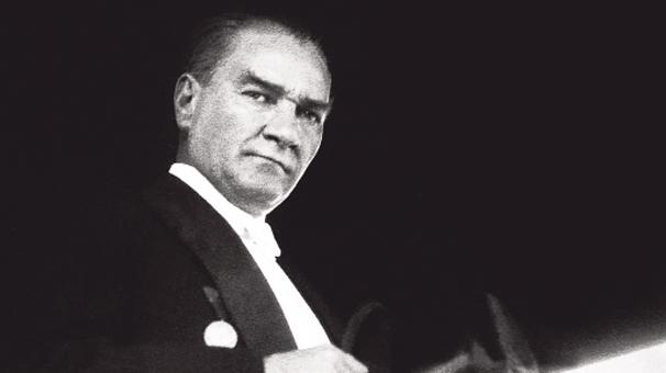 Atatürk'ün ismi okul kitaplarından kaldırılıyor mu?