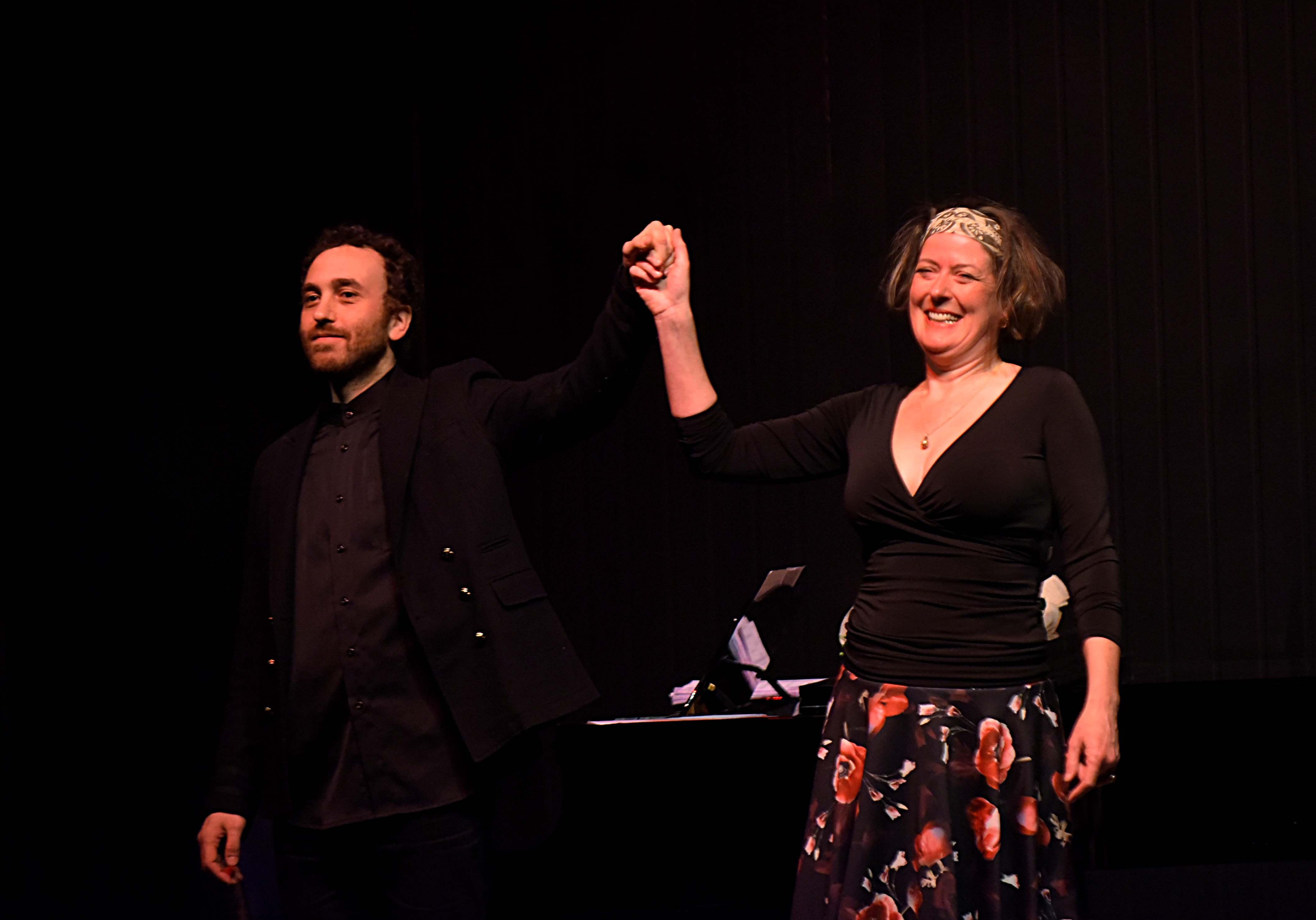 İzmir'de Fransız aşk şarkıları rüzgarı