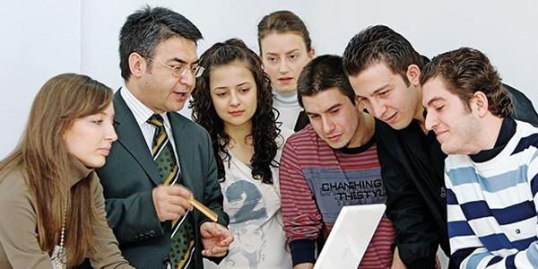 Türkiye 'misafir öğretim görevlisi' arıyor