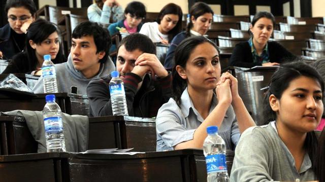 Ders sayısını artırdılar sınav sorularını azalttılar
