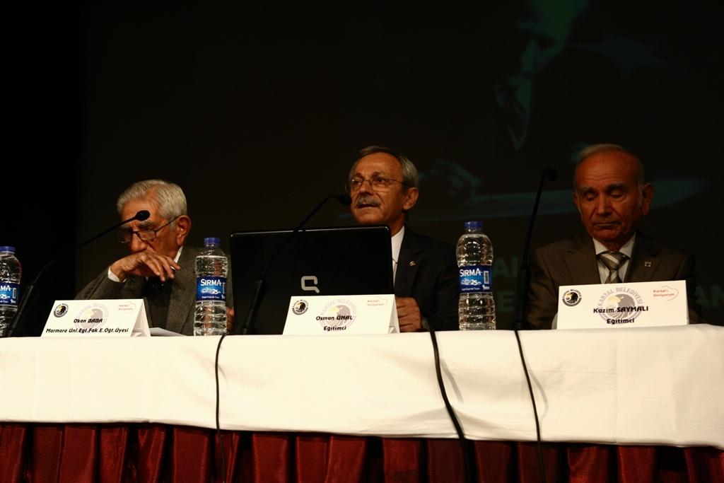 Kartal Belediyesi'nden 'Türkçe Bizim Kimliğimiz' paneli