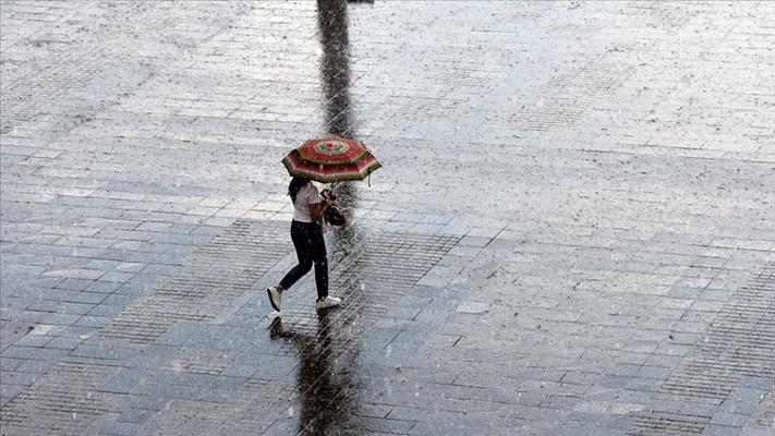 Karadeniz kıyı kesimi için şiddetli yağış uyarısı