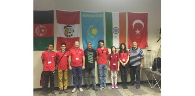 Dünya Hafıza Yarışması'nda Türkiye'ye dünya birinciliği getirdiler