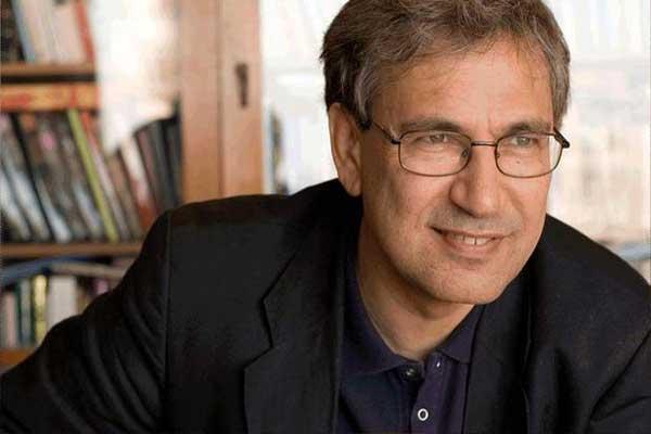 Aydın Doğan Ödülü Orhan Pamuk'un