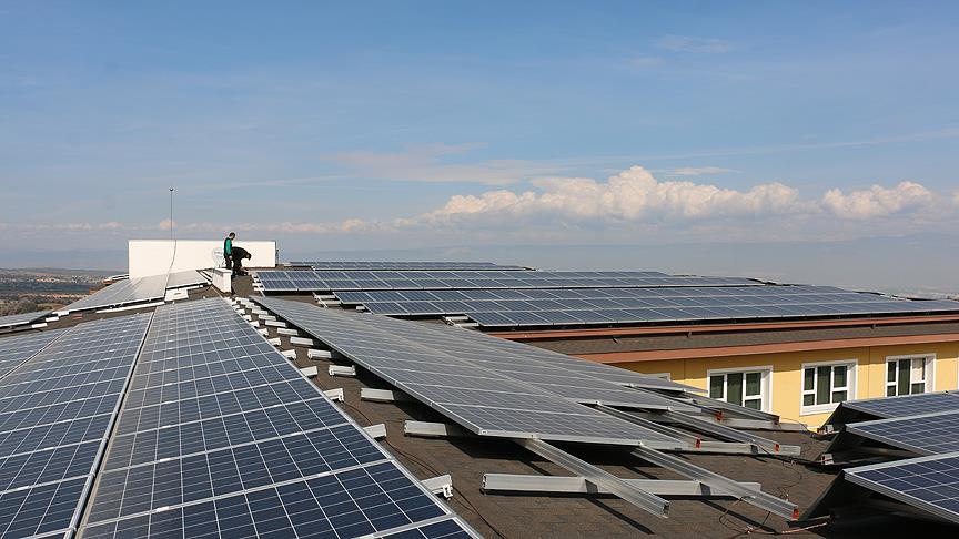 Güneş enerjisi okula gelir sağlayacak