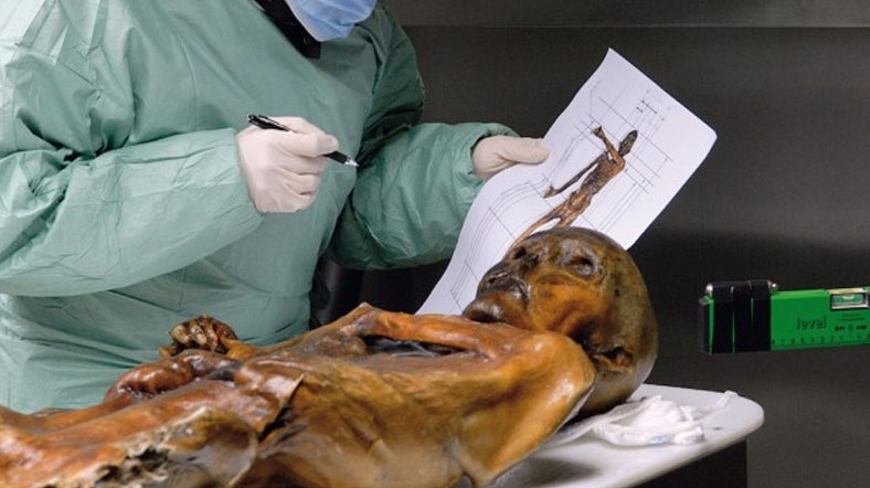 Buz Adam Ötzi'nin Yeni Dövmeleri Bulundu