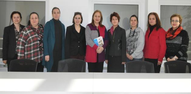 Akademisyen ve avukatlar kadına şiddete karşı el ele verdi