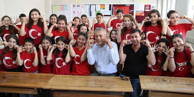 Ortaokul öğrencileri işaret dili öğrendi