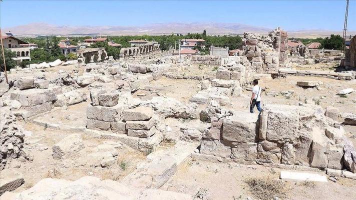 Tyana Antik Kenti'nde 4. yüzyıla ait kilise ortaya çıkarıldı