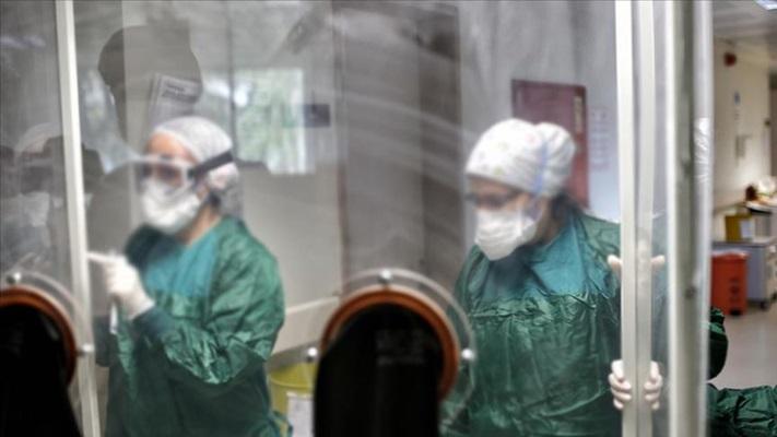 Kovid-19'un sağlık çalışanları için 'meslek hastalığı' olarak tanımlanması talebi
