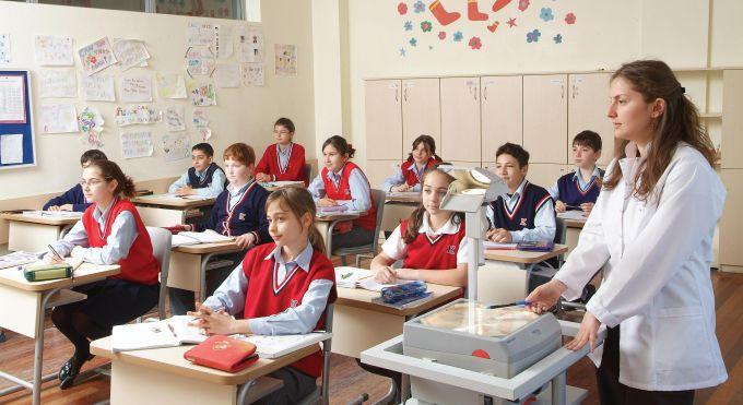 Kolejlerin bursluluk sınavları için başvuruları kaçırmayın!