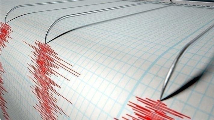Ege Denizi'nde 5,7 büyüklüğünde deprem