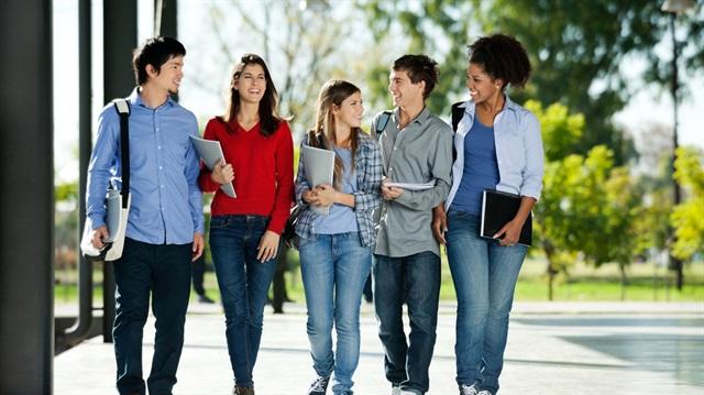 Üniversite öğrencileri KKTC bütçesinin yarısını oluşturuyor!
